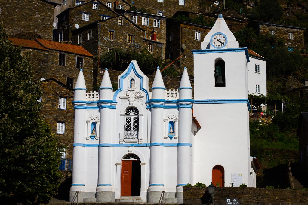 igreja matriz piódão o que visitar